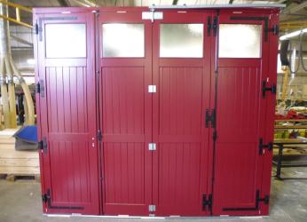 Exemples de r alisations de chantiers de fermetures bois portes et volets bois sur mesure porte - Porte de garage accordeon ...