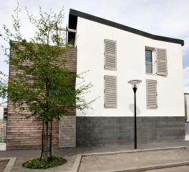 fabricant fran ais de fermetures bois sur mesure volets porte de garage bloc porte brise vue. Black Bedroom Furniture Sets. Home Design Ideas
