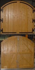 porte bois traditionnelle sur mesure type grange avec huisserie cintr e gpf fermetures bois. Black Bedroom Furniture Sets. Home Design Ideas