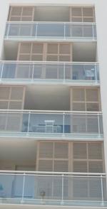 brise vue bois en nez de balcon gpf fermetures bois. Black Bedroom Furniture Sets. Home Design Ideas
